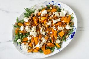 Salat med honningbagte gulerødder