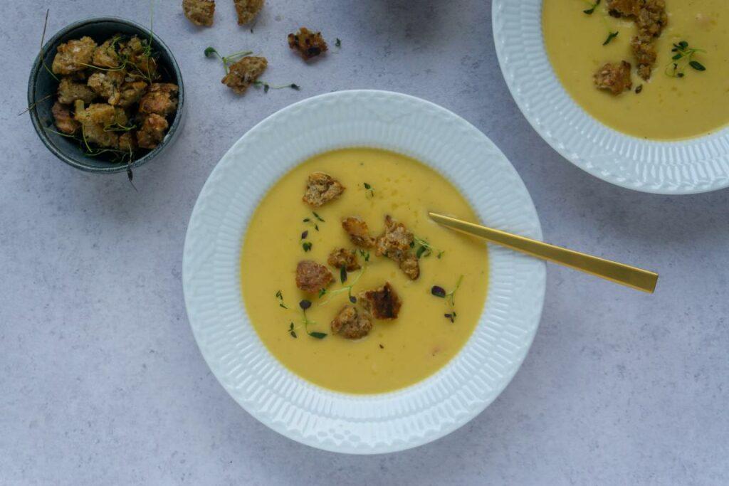 Blomkåls- gulerods suppe
