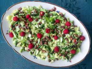 Spidskåls salat med asparges