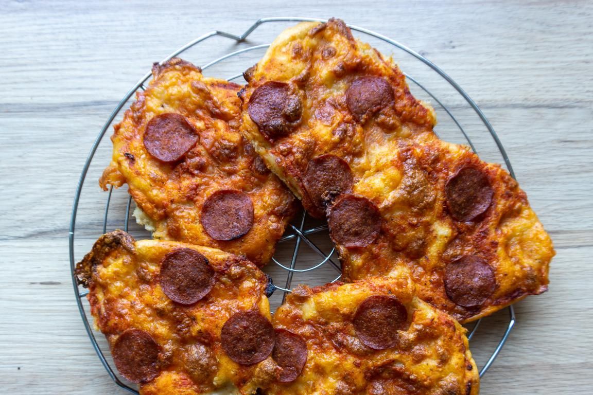 koldhævet minipizza
