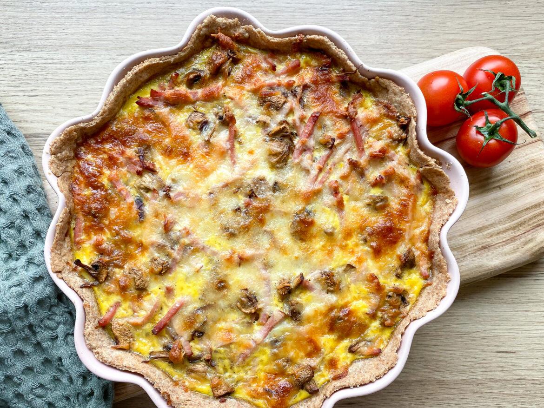 Skinketærte med champignon
