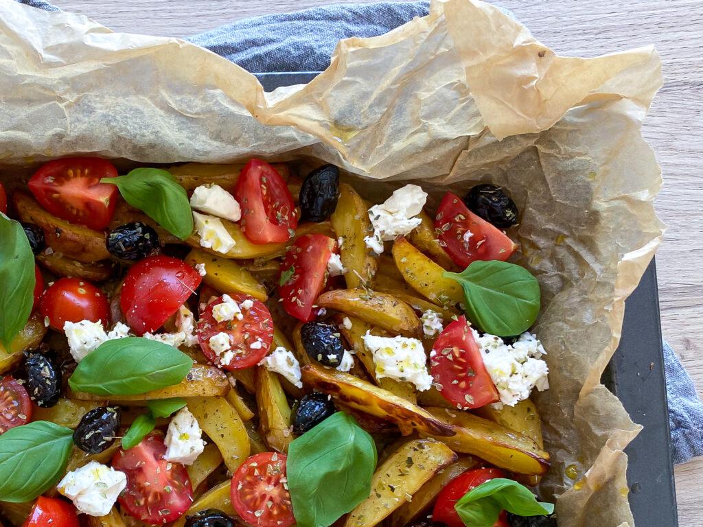græske kartofler med feta og tomat