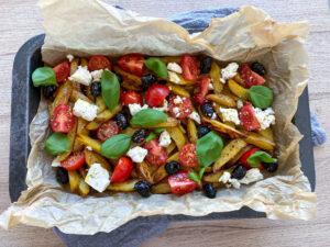 Græske kartofler med feta og oliven