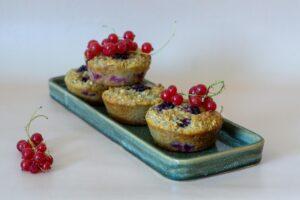 Morgenmadsmuffins med brombær