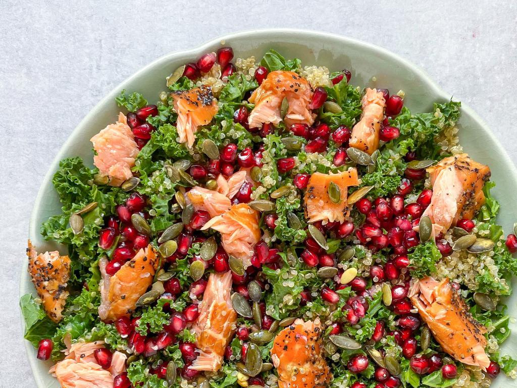 Grønkåls quinoa salat