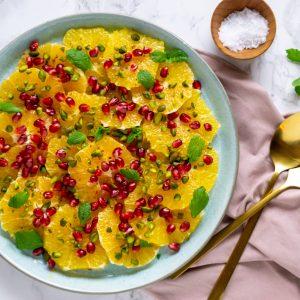 Salat med frugt og bær